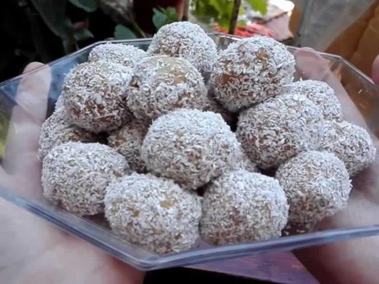 Чоко-кокос бомбици