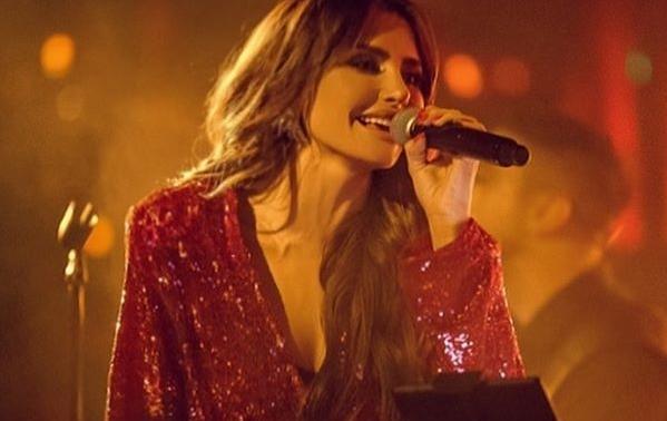 Пејачот кој сите го знаете ја вивна Емина Јаховиќ кон ѕвездите: Ги направи најдобрите песни за неа, а еве кој е во прашање (фото)
