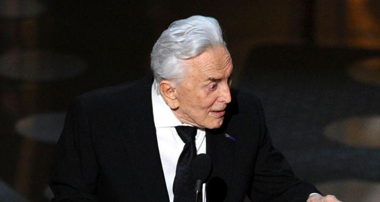 Почина холивудскиот актер Кирк Даглас