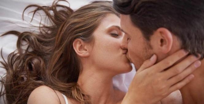Трите најопасни пози во сексот