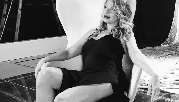 """Елена Велевска покажа дека и """"гревот има светла страна"""": """"Говорот на телото"""" – вертикално видео во кое пејачката најмногу е во """"хоризонтала""""! (ВИДЕО)"""