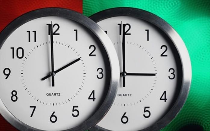 Летно сметање на времето: Во недела во 2 часот наутро, стрелките на часовникот одат еден час напред
