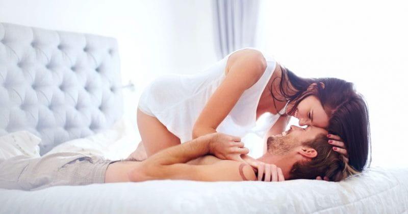 Машки совети до жените: Не верувајте во овие митови за оралниот секс
