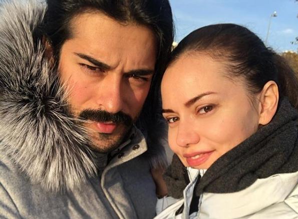 Турскиот актер Бурак Озчивит, попознат како Бали Бег, сам се грижи за синот, неговата сопруга е во лоша состојба