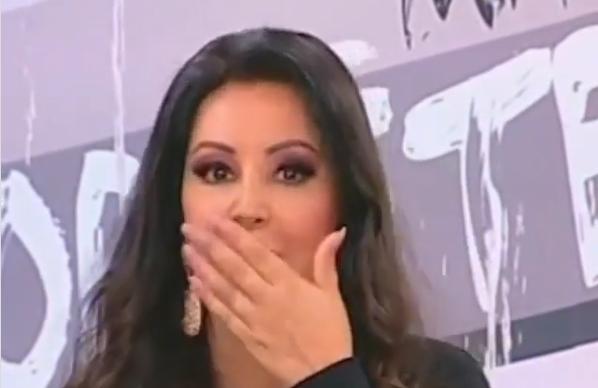 """Драгана Мирковиќ """"ја изеде срам"""" среде емисија: Пејачката го заборави текстот на сопствената песна во програма во живо! (ВИДЕО)"""