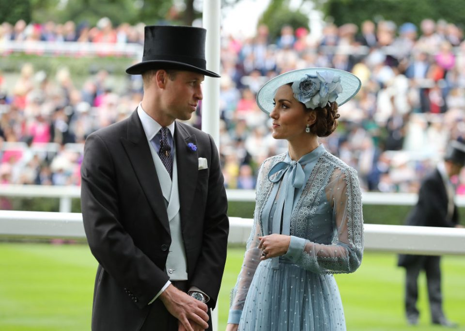 Корнавирусот ја менува кралската традиција: Еве како Кејт Мидлтон и принцот Вилијам ќе го прослават Велигден