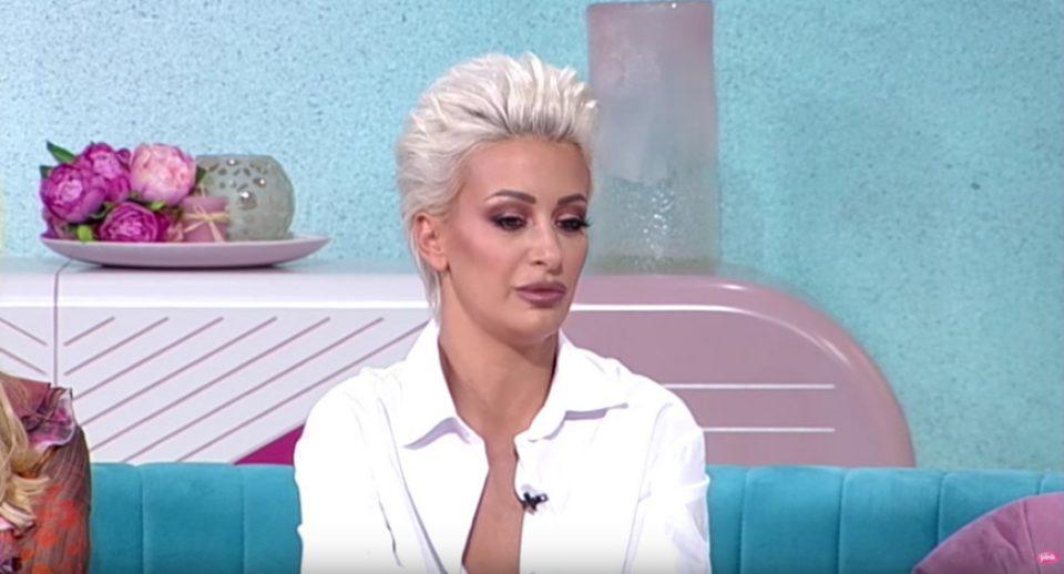 Душица Јаковљевиќ се огласи по написите дека го пријавила бившиот во полиција