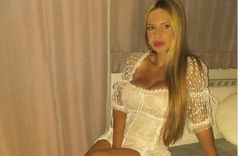 Тијана е како Џеј Ло: Таа има најсекси за*ница на српската естрада (ФОТО)