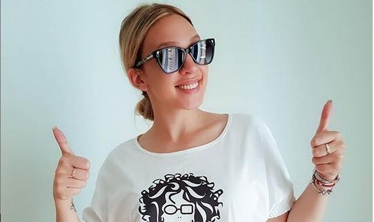 """Милица Тодоровиќ покажа дека не е """"селска певаљка"""", туку умее да пее и како светска ѕвезда: """"Браво бре, Миле!"""" (ВИДЕО)"""