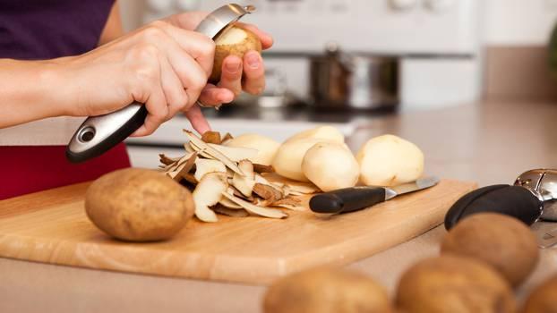 Дали компирот е поздрав ако не се лупи?