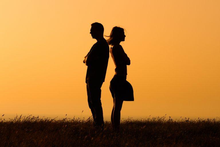 """Треба ли да """"копаме"""" по минатото – зошто не' интересираат порнешните врски на нашите партнери?"""