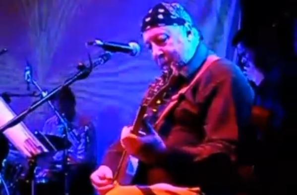 """Почина легендарниот рок-блуз гитарист Питер Грин: Замина белиот """"блуз албатрос"""""""
