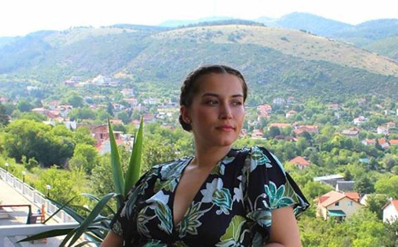 Дениција си дојде дома: Анастасија Деа Богданоска излезе од породилиште (фото)