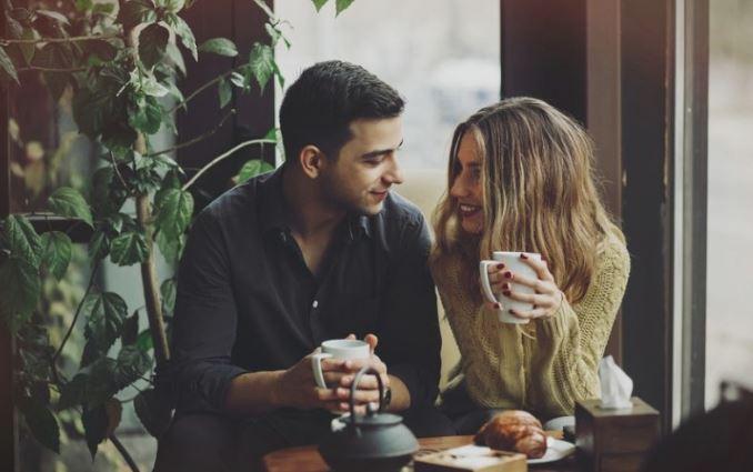 Неколку начини како да не ви здосади во врската со вашата партнерка