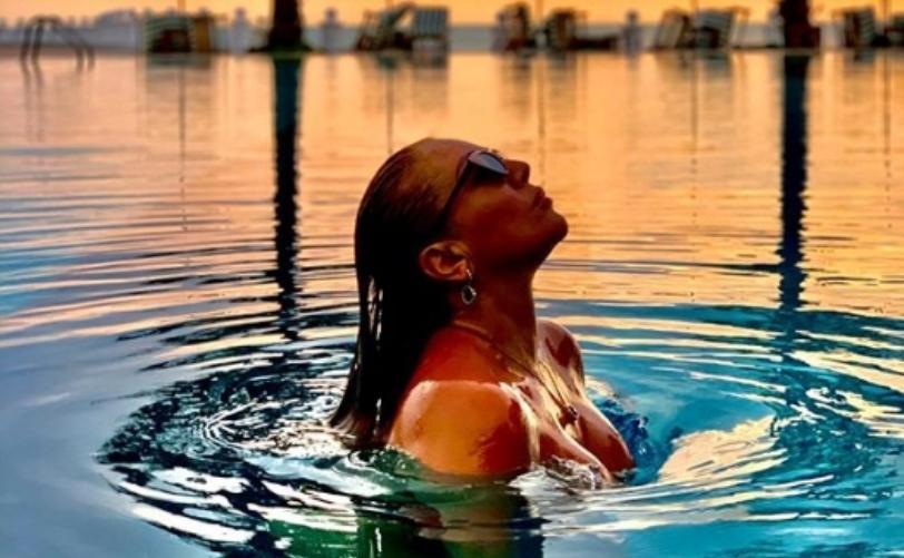 За кого како: Лила го најде својот летен рај на море во Албанија (фото)