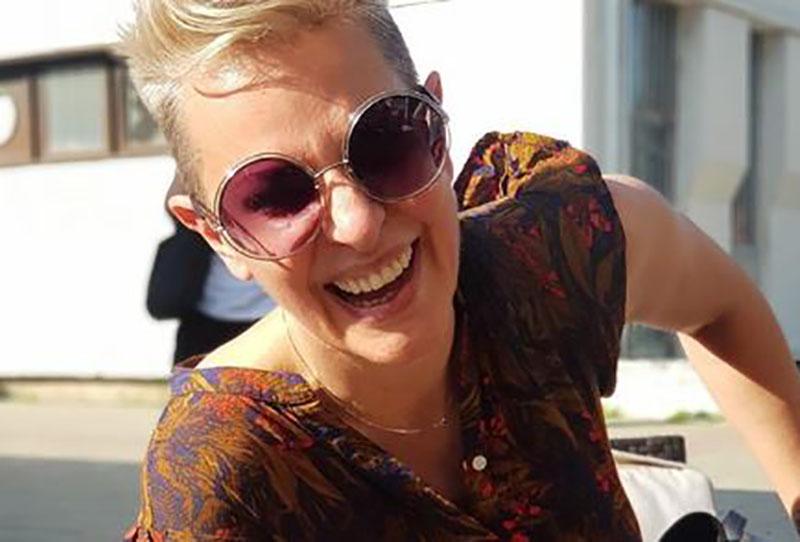 """Тијана Дапчевиќ на плажа во Грција сними несекојдневна глетка: """"Дојдоа другарките"""" (фото)"""