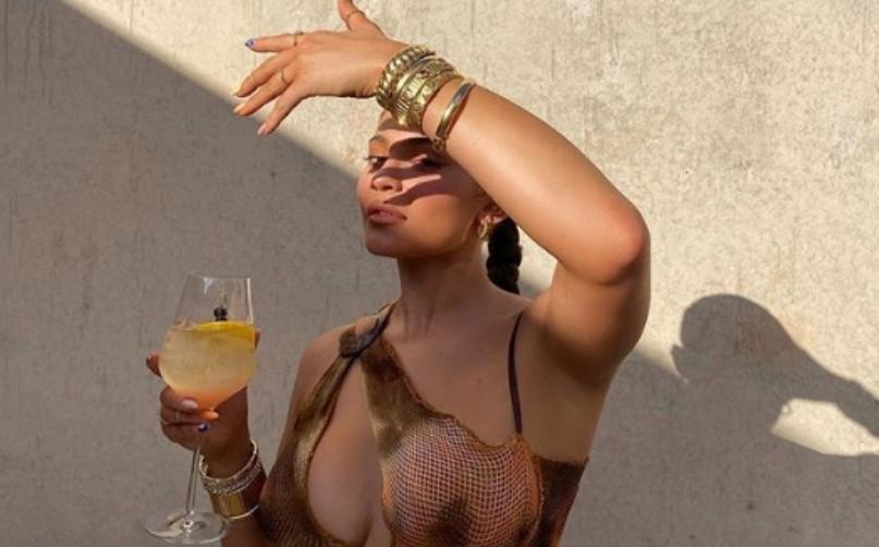 За само 3 часа 6 милиони лајкови за нејжешките фотографии на Кајли Џенер која го сруши Инстаграм (фото)