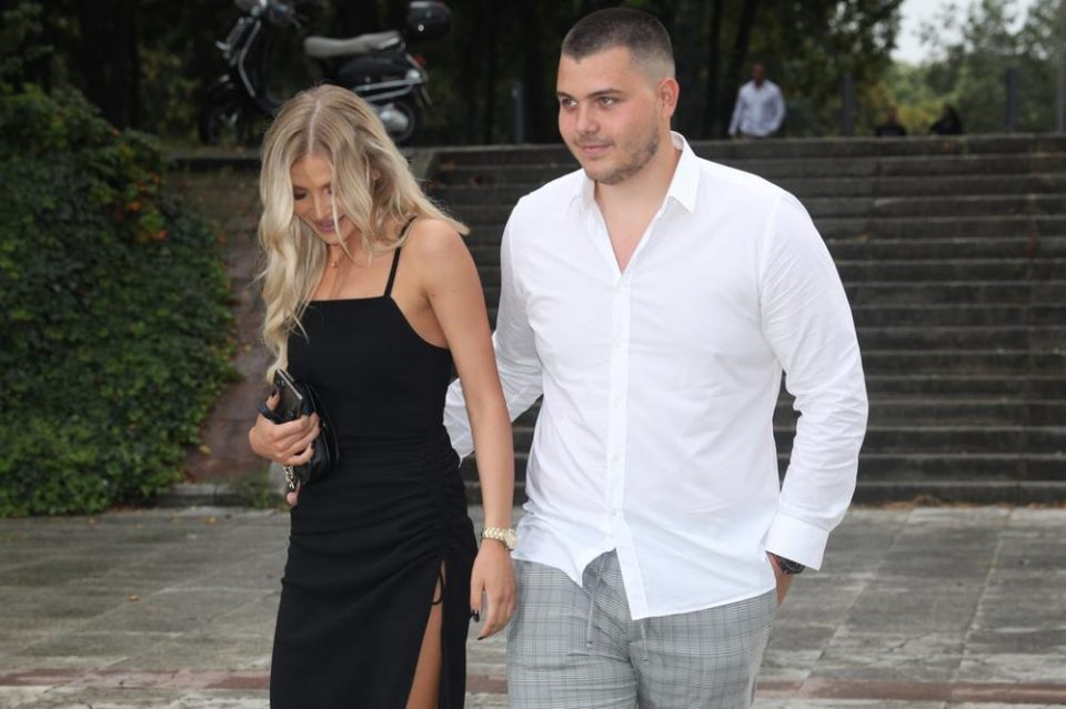 Синот на Лепа Брена подготвен да стане татко: Виктор Живојиновиќ сака Сандра да му роди деца
