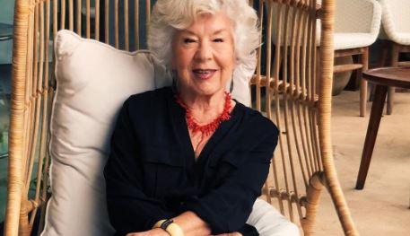 74-годишна баба ја покажала феноменалната трансформација на која многумина ѝ завидуваат
