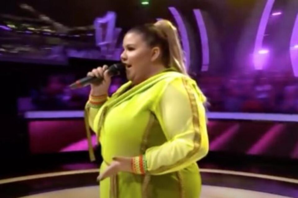 """Оваа нaтпреварувачка го оперираше желудникот, ослабe 56 килограми и одново излезе на сцената на """"Ѕвездите на Гранд"""" (фото)"""