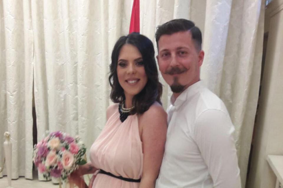 Српскиот пејач стана татко по вторпат, а ќерката доби несекојдневно име