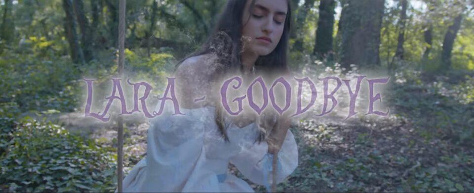 """Лара Иванова ја промовираше и англиската верзија на песната """"За нас"""", насловена како """"Goodbye – Break Up Song"""" (ВИДЕО)"""