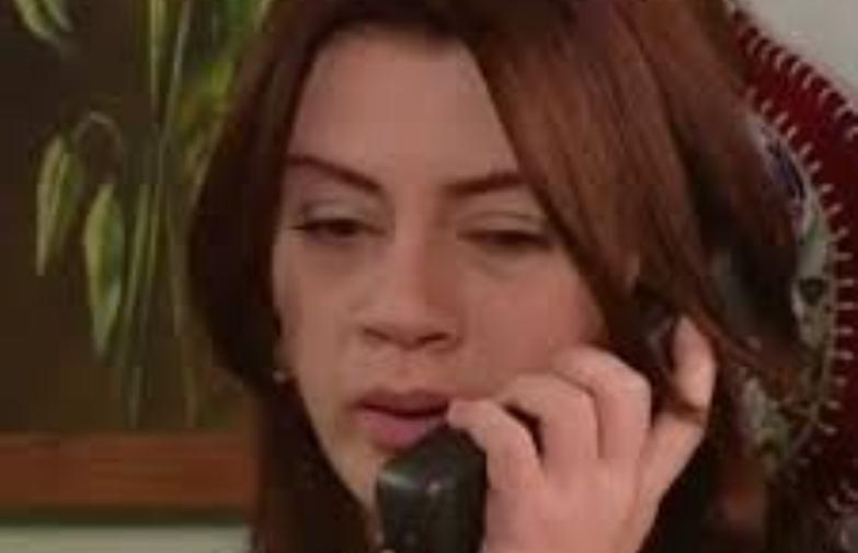 """Лејла од серијата """"Кога лисјата паѓаат"""" во приватноста го изневерила сопругот со свекорот?!"""