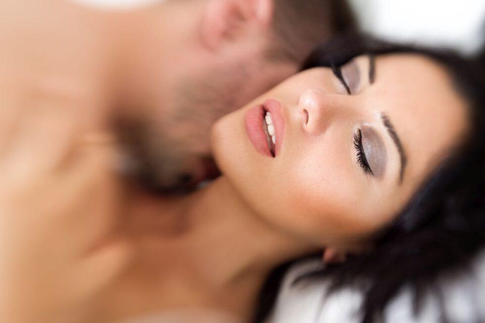 Зошто не можам да доживеам оргазам? Што треба да направите ако имате проблеми да достигнете кулминација?