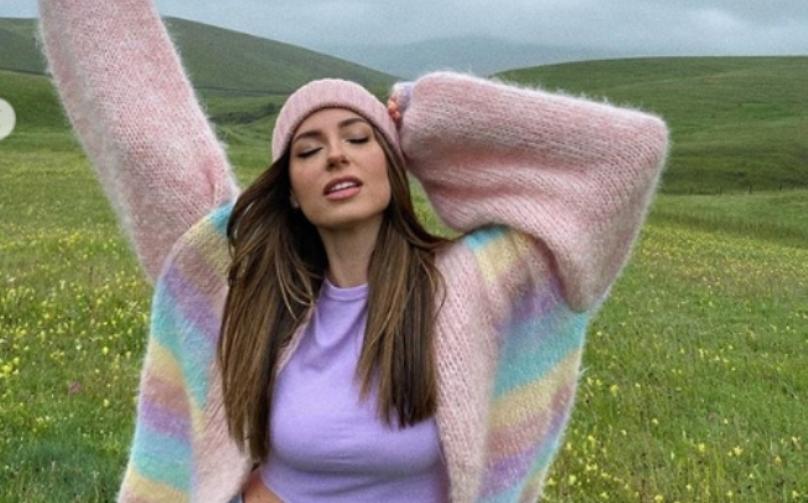 Познатата пејачка Сара Џо е вредна девојка – еве како заработувала на 19 години…
