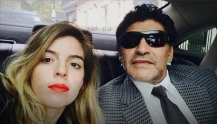 """Далма, постарата ќерка на Марадона со трогателна порака се прости од својот татко: """"Мојата смрт ќе биде моментот кога ќе те видам повторно и ќе те гушнам"""" (ФОТО)"""