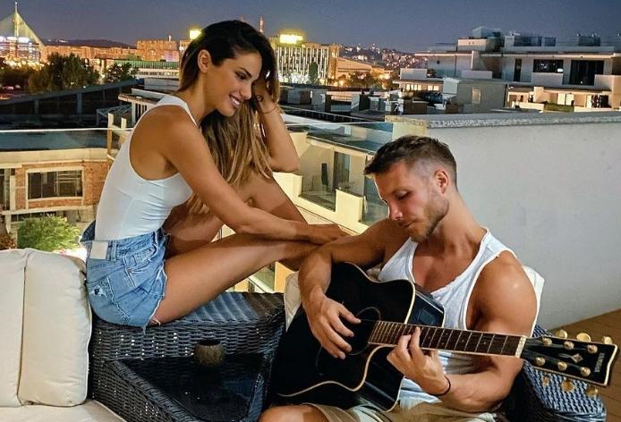 """Саша Ковачевиќ за љубомората во врската: """"Со Зорана се слушаме 105 пати дневно"""""""