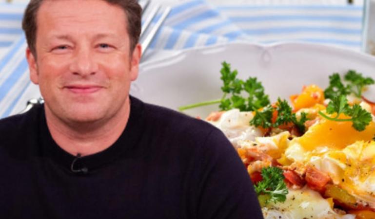 Џејми Оливер сподели неверојатен рецепт за ручек за четворица