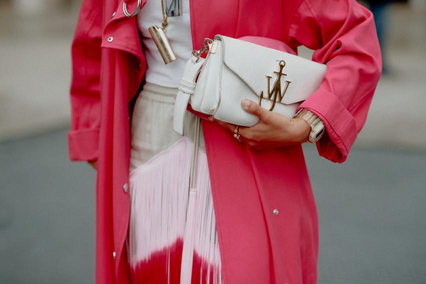 Најдобри зимски модни комбинации: Вака се облекуваат дами со стил!
