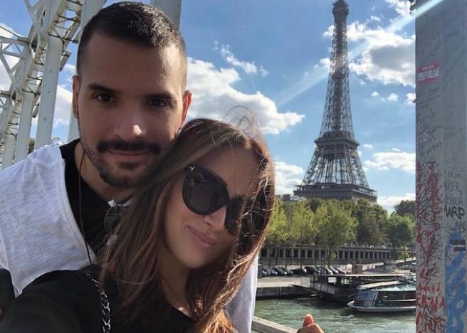 """Прија и Филип со страстен бакнеж ја слават љубовта: """"Пред пет години и пратив порака на една девојка…"""" (фото)"""