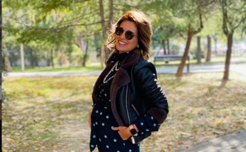 Трудница со стил: Водителката Александра Илиевска брои ситно до породувањето, но и на крајот од бременоста изгледа модерно и шик (фото)
