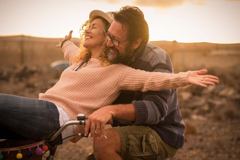 Како бракот влијае на вашето здравје: Ви се качува ли притисокот или уживате во прегратките?