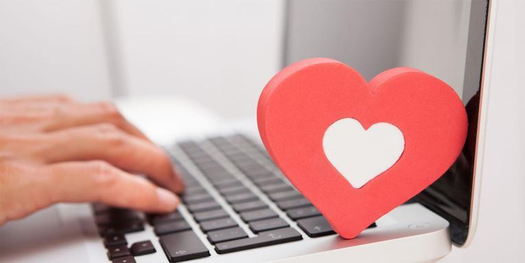 Врските кои ќе започнат онлајн, траат подолго од останатите