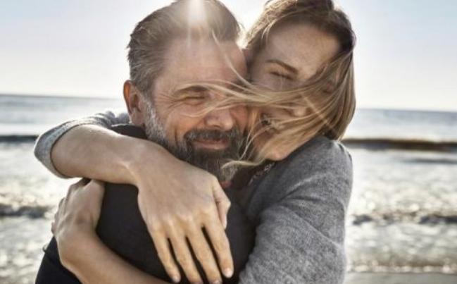 Златно правило за сите заљубени – научете ја формулата 2/2/2