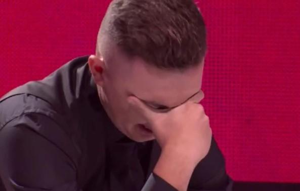 """Невидена сцена во """"Ѕвездите на Гранд"""": Кандидатот ги доби сите 6 гласа, клекна на сцената и почна да плаче"""