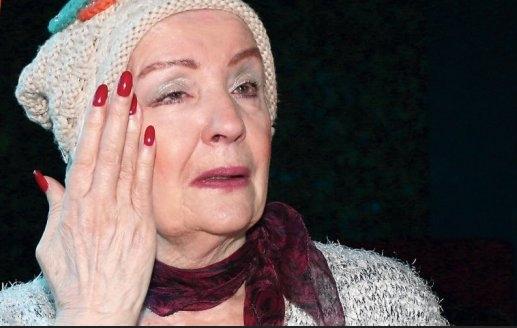 """Лепа Лукиќ со шокантна исповест: """"Првиот сопруг ме втурна во автомобилот, ме однесе на Кошутњак и ми се закани дека ќе ме убие""""!"""