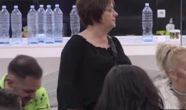 """""""Физички ме злоставуваше"""": Мајката на Кија Коцкар со потресна исповед во """"Задруга 4"""""""