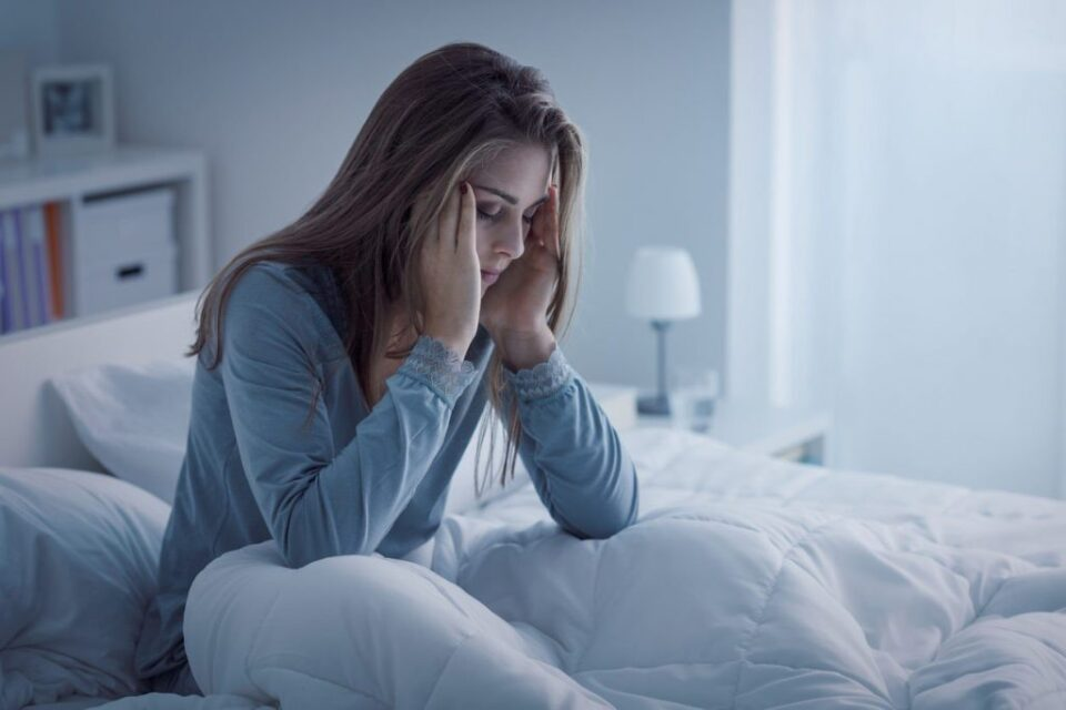 Како недостигот на сон го менува лицето? (видео)