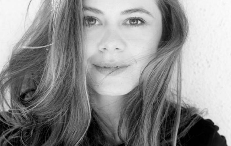 Јелена од Драчево со нов имиџ: Актерката напрви впечатлива промена (фото)