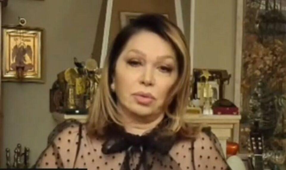 """Неда Украден скршена од смртта на Тозовац се расплака среде емисија: """"Ми беше како брат, како татко кој го немам!"""" (фото)"""