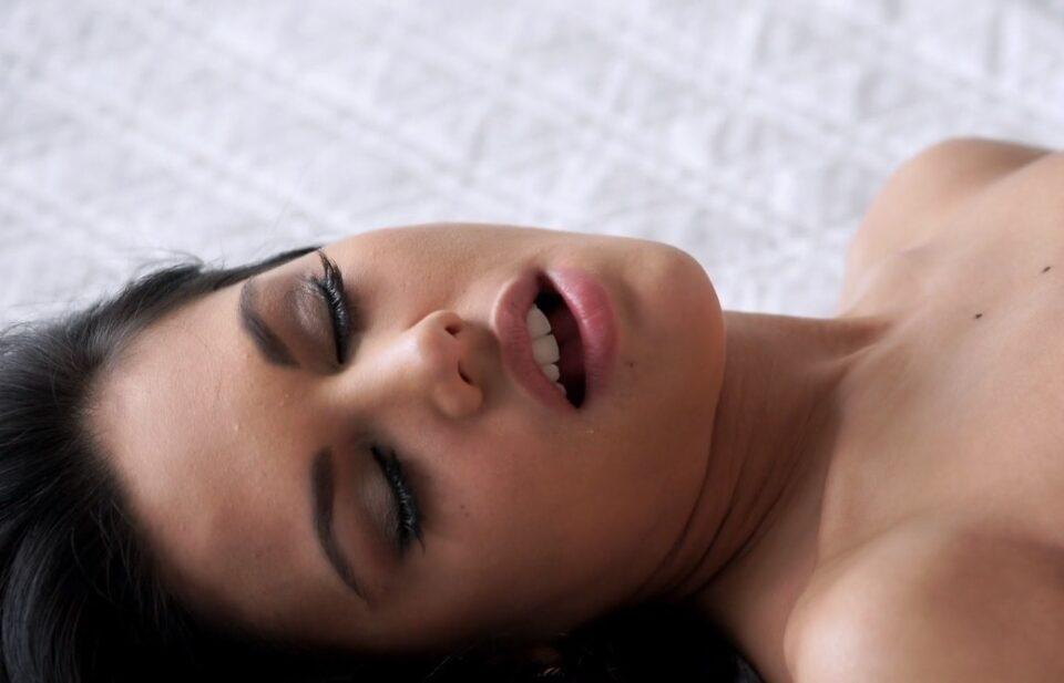 Колку пати неделно жените навистина сакаат секс?