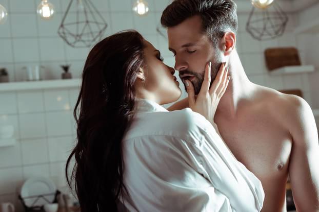 3 работи во сексот кои целосно и докажано ги полудуваат мажите