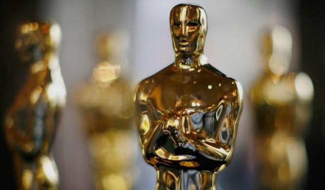 """""""Земја на номадите"""" е победникот со три статуетки на 93-то издание на Оскар"""