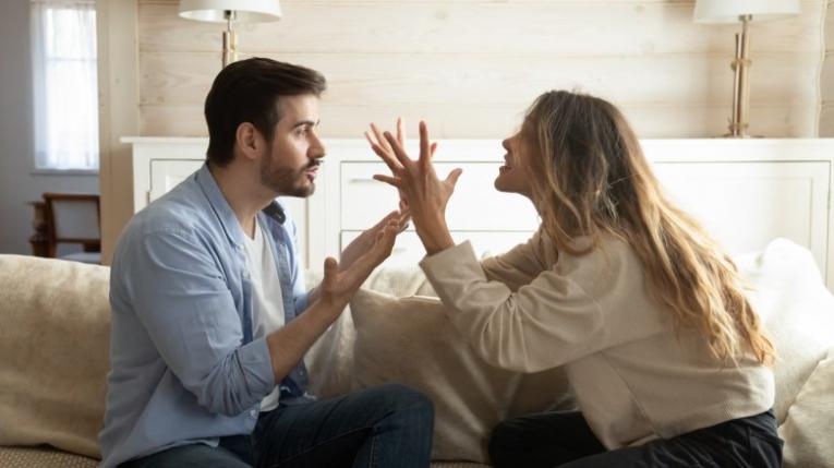 Пет знаци дека треба што поскоро да раскинете со партнерот