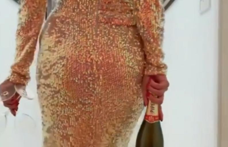 Златен фустан, шампањ, јагоди… Марјана Станојковска во комплетен гламур за Оскари (видео)