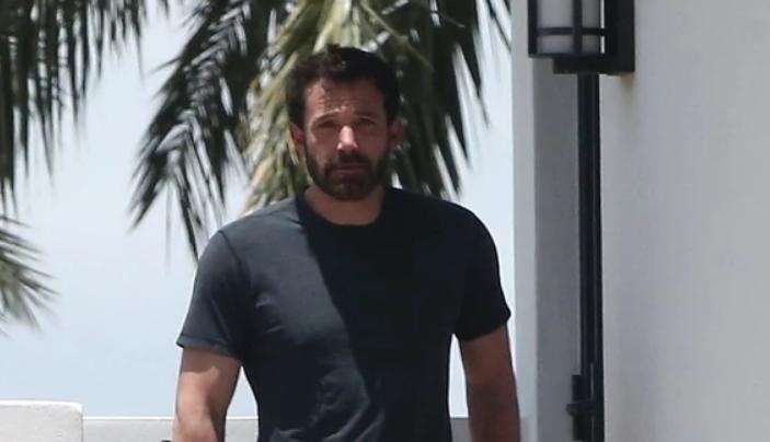 Џенифер Лопез и Бен Афлек повторно уловени заедно, овој пат во хотел во Мајами (фото)